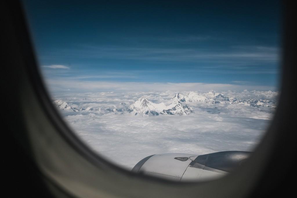 Эверест из окна самолета